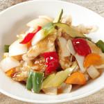 TAK CAFE - チキンタンスユク。韓国の酢豚を鶏肉でアレンジ
