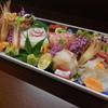 和み処はなぶさ - 料理写真:刺身盛り合わせ。土佐醤油でどうぞ。