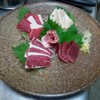 AVALON802 - 料理写真:熊本直送馬刺しの盛り合わせ 1580円