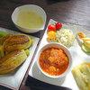 雨読舎 - 料理写真:雨の膳1200円(美瑛豚ハンバーグトマト煮・花ズッキーニのチーズ揚げ・そうめんカボチャサラダ・なすとオクラのおひたし・スープ・スイーツ)+ズッキーニの花ご飯200円
