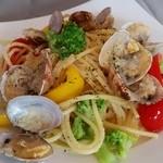 ジュリアーノ - あさりと季節の野菜のアーリオオーリオ