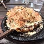 ヒッコリーファーム - 海鮮お好み焼き