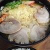 鶴丸 - 料理写真:容器を開けると下の段に中華そば 今回は天ぷら中華を定食にしてみました『2015.8月再訪』