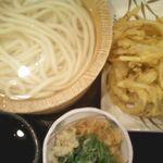 丸亀製麺 - 釜揚げうどん(並)/野菜かき揚げ