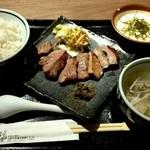 福島にし屋 - にし屋定食