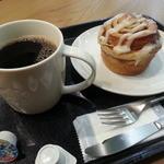 スターバックス・コーヒー - 料理写真:HCトール&シナモンロール