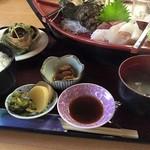 黒潮ダイニング - 本日のお刺身定食 1570円