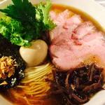 龍馬軒 - 料理写真:塩煮干中華麺