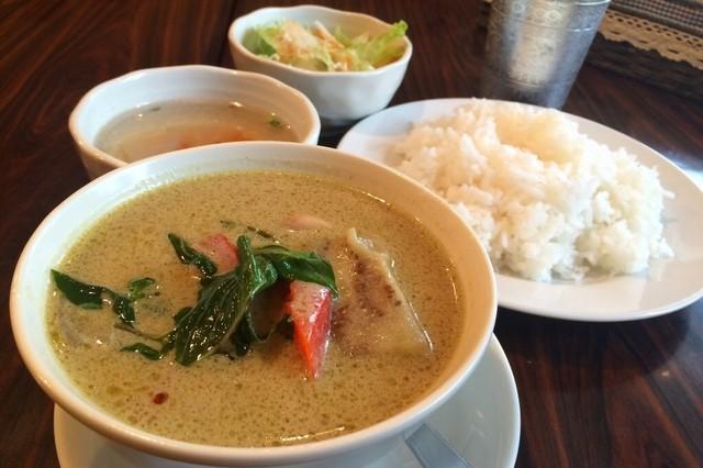 タイ料理 ブアールアン