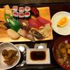 太進寿司 - 料理写真:得盛り寿司定食 1020円