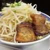 豪ーめん - 料理写真:ドノーマルな飛びます系!(中)辛み入れる前です810円