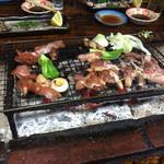黒嶽荘 - 地鶏の炭火焼、みんなで美味しくいただきました