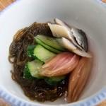 丸入水産 - 酢の物(もずく・こはだ・きゅうり・みょうが)