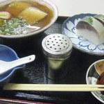 41167342 - 中華そばと鯖寿司単品セット