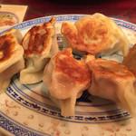 南昌飯店 - 焼き餃子