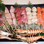 上野市場 - 大人気の海鮮串焼き一本より承ります!