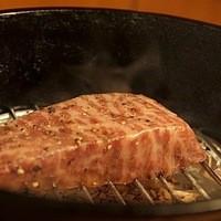 黒毛和牛もも肉の瞬間燻製
