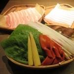 41232901 - 柚子炊き つゆしゃぶしゃぶ ※お店の名物「一番人気」