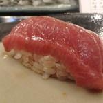 第三春美鮨 - シビ 背中 中トロ 186k 一本釣り 熟成4日 青森県大間