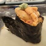 第三春美鮨 - エゾバフンウニ 北海道利尻       深みがありますね。旨みがおっかけてきます。       ~何をおいしさの落としどころとするか、個人の趣味の問題と思いました。
