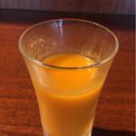 中華香彩JASMINE - 最初に出てくる野菜ジュース