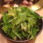 三百屋 お弐階 - サラダ