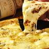 イタリアンキッチン Sa - 料理写真:クアトロチーズピザ(4種チーズ)