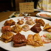 三林精肉店 - 料理写真:ホルモン全部のせ