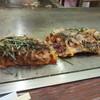 ぼてじん - 料理写真: イカ入りお好み焼き680円、ふわふわに焼かれたお好み焼き、この店の常連の友人が勧めてくれた一品です。