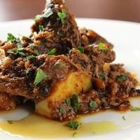 牛肉の黒コショウ煮、ペポーゾ