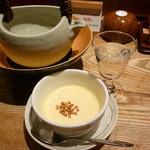 八兆屋 - 日本酒とそば茶のプリン