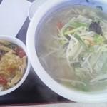 中華そば あまの屋 - 料理写真:野菜塩タンメンにランチ中華丼