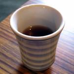 二軒茶屋 - ホットのほうじ茶のサービス