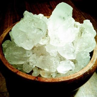 まるで宝石のよう・・全てモンゴル産のミネラル豊富な岩塩を使用