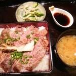 こもれび - 料理写真:那須野ヶ原牛のステーキ重