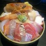 零 - 料理写真:東京海鮮丼(具沢山)