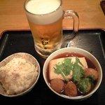 たち飲み 吟 - ポテサラ、肉だんご豆腐&生ビール