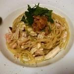 小料理屋ぎらばり - 松茸と甘エビのスパゲッティー