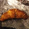 ボン ルパ - 料理写真:クロワッサン    180円