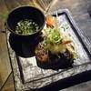 旅篭 - 料理写真:ハンバーグのようなつくね。ポン酢とともに。