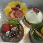 ラ・コート・エスト - ケーキ