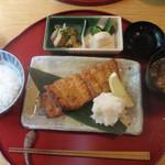 伊豆の旬 やんも - かれいの柚庵焼き定食