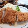 椋の木 - 料理写真:ロースかつ200g、肉だけで180g程度のボリューム