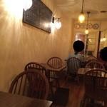 オステリア ボッカーノ - 201509  Osteria 店内(座席より右まわり)→