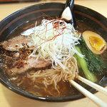 麺創房 玄 - 「玄麺」880円。