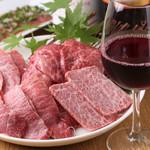 焼肉とワイン 李苑 - ワインとともに