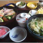 漁師料理 かつら亭 - 海鮮チラシ御膳(2,100円)