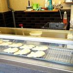 41609087 - 食べられるのを待っている鯛焼達