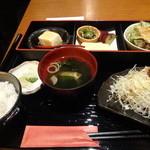 やまと庵 - 若鶏竜田揚げ香味ソース弁当 ¥880
