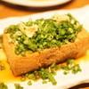 ねぎぼうず - 料理写真:厚揚げのネギまみれ380円